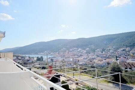 029,  Apartment with nice view - Marina