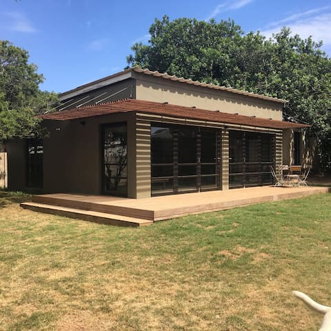 Pura Vida - Kenton-on-Sea - House