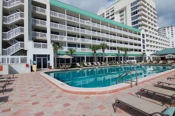 Daytona Beach Resort #917