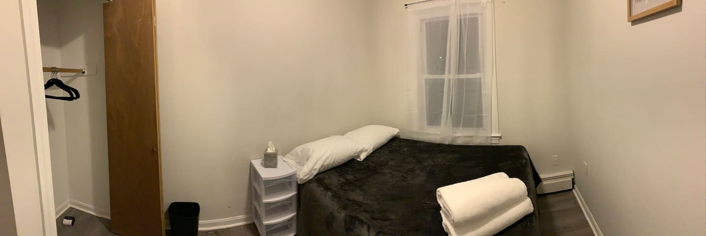 Private room near Johnson & Wales Harborside (3)