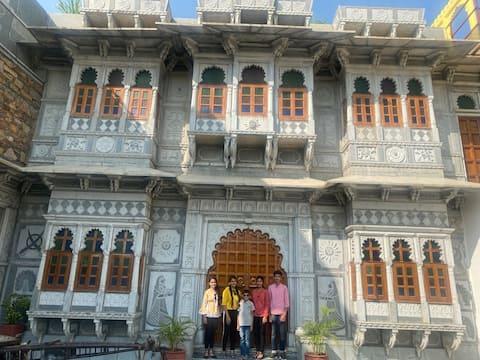 Haveli Gokul Niwas, Talawada, Chittorgarh.