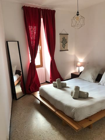 Apartment in the heart of NIMES