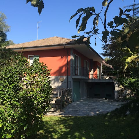 Ferienwohnung, neu renoviert, ruhig gelegen - Feriolo - Apartemen