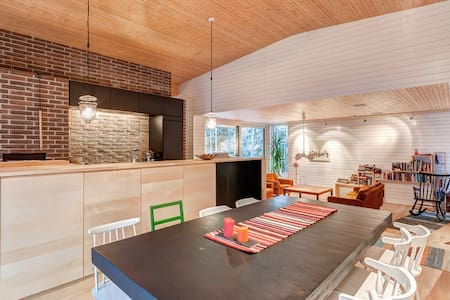 Peaceful, modern, well-located house in Espoo - 에스포 - 단독주택