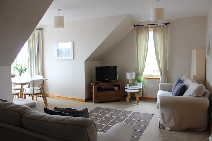 Penthouse Apartment, 3 Bedrooms, Central Lerwick