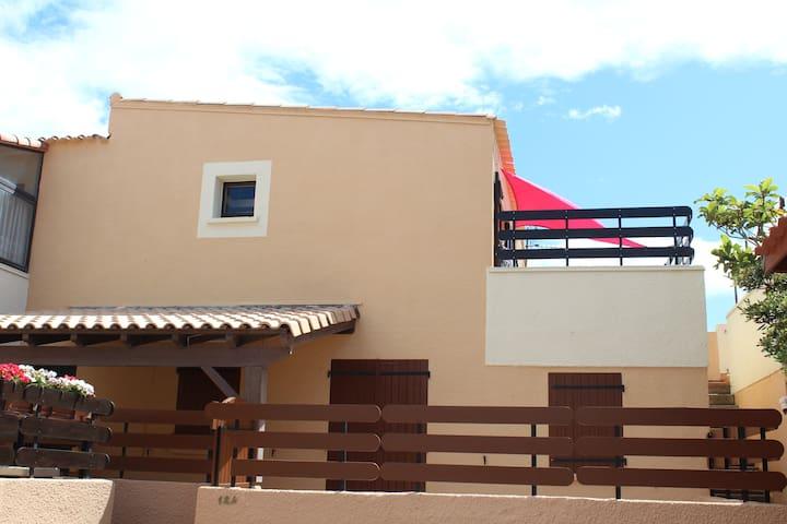 Les Sablons 3, T2 26m² + mezzanine 12 m² - Leucate - Квартира