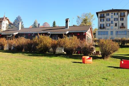 Cabane de bois - La Chaux-de-Fonds