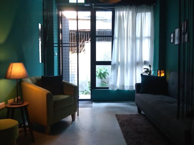 Two double bedrooms in Tainan city center