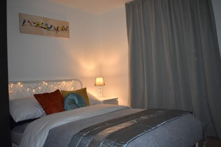 Double room with private bathroom in Oakgrove