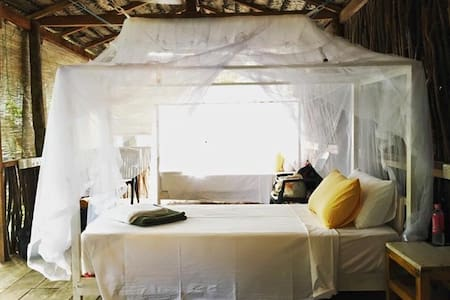 DOTS Bay House Cabana Bed 1 - Dikwella - Yatakhane