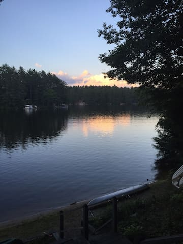 Family Vacation in 4-level House on Private Lake - Wakefield - Casa