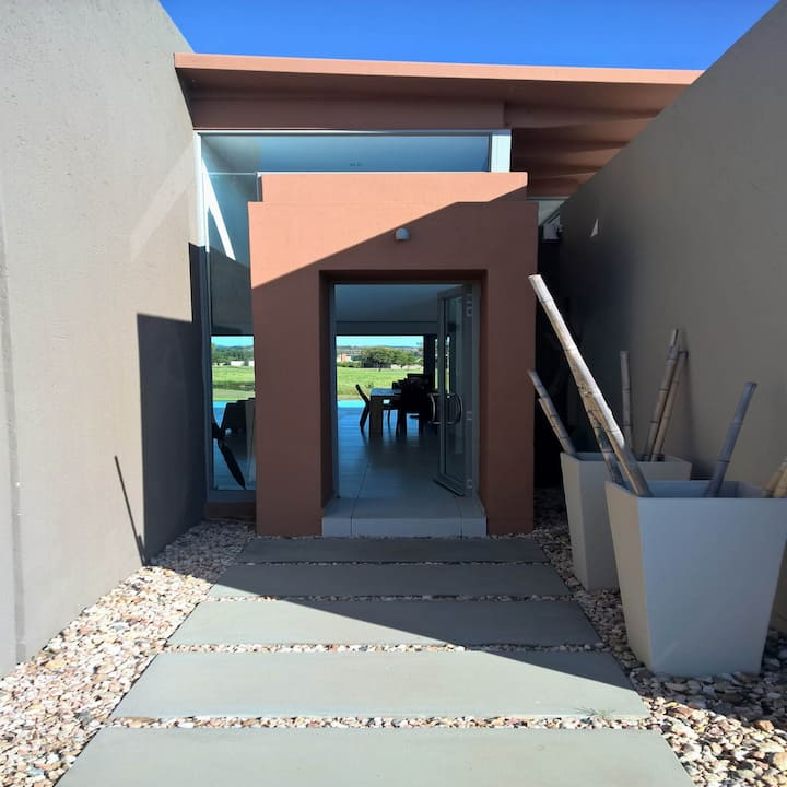 Vaal River Golf Estate luxury villa