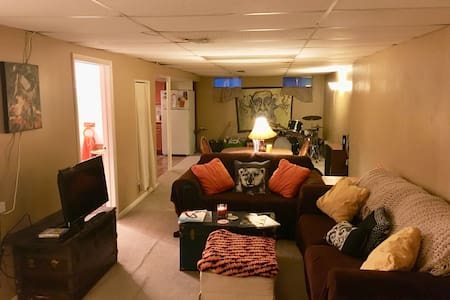 Wonderfully private, clean and spacious  1bd/1bth