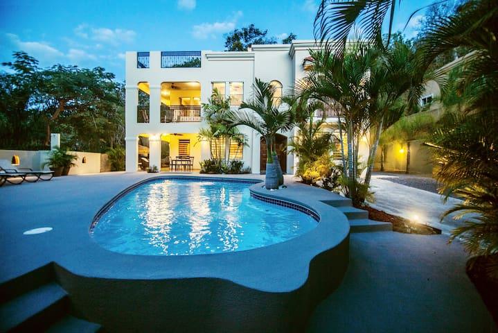 Casa Ensenada- Rincon Puerto Rico