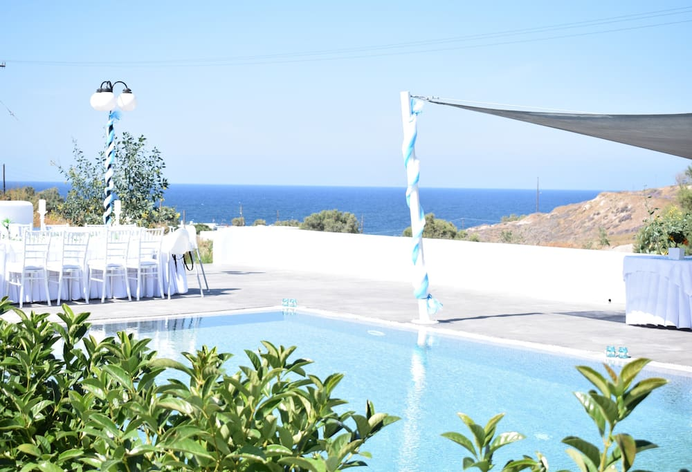 Sea&Sand luxury sea front villas with private swimming pool