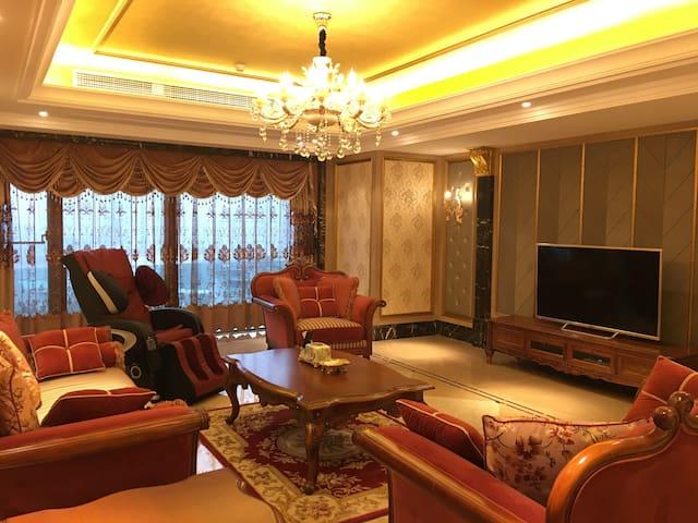 亚洲十大豪宅-玖玺台7星级装修免费提供接机入住限四人 - 重庆 - Daire