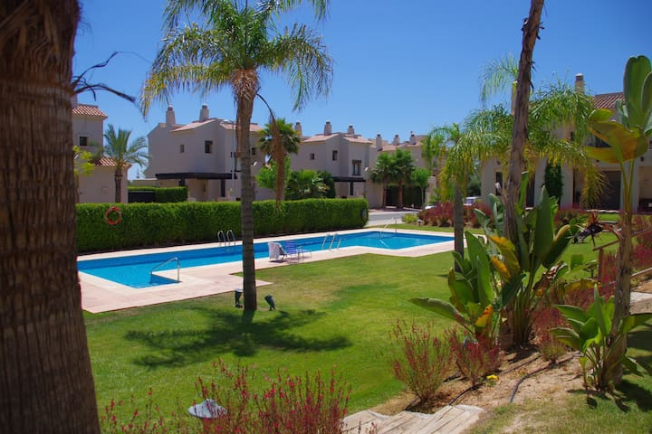 Acogedora Casa con piscina / Roda Golf Resort - San Javier