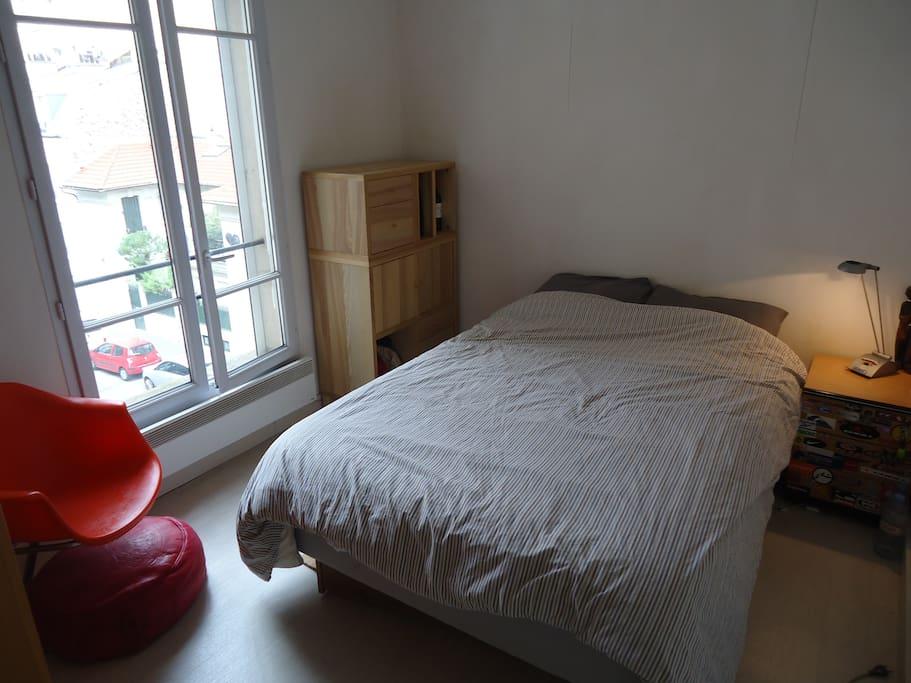 bedroom / chambre lit 2 places