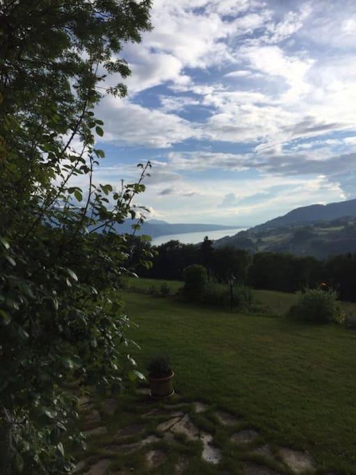 Chambre louer dans un chalet suisse magnifique for Chambre a louer suisse