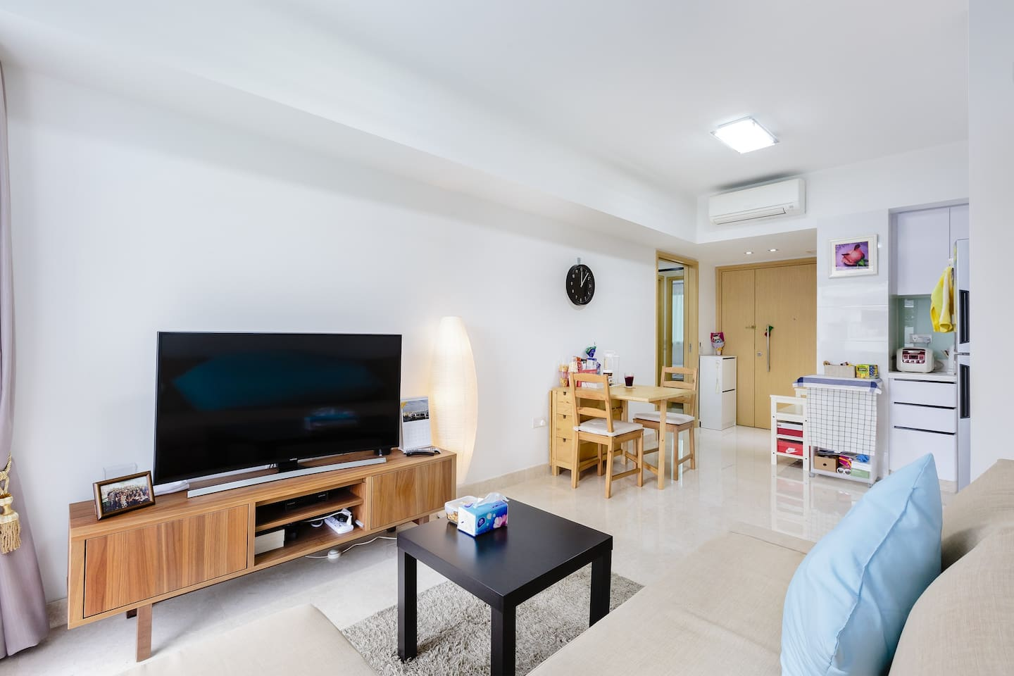 Shared space - living room with TV