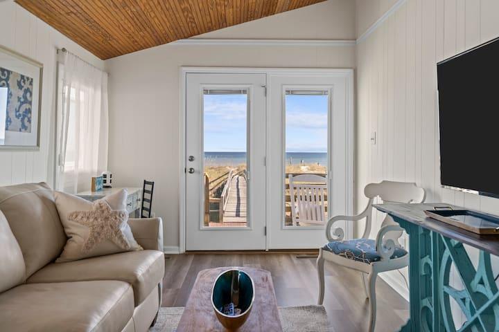 """Candlewood Sands"" cottage suite #2"