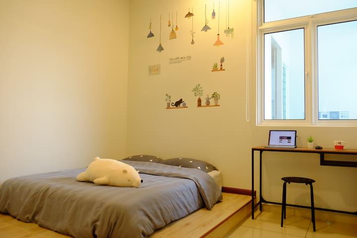 Room 3 房间3