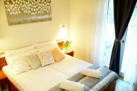 Apartment Sunce2-cozy apartment with charming view - Doli - อพาร์ทเมนท์