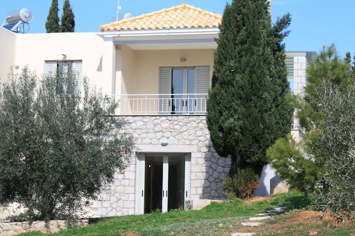 Luxurious maisonette close to Nafplio - Lefkakia - บ้าน