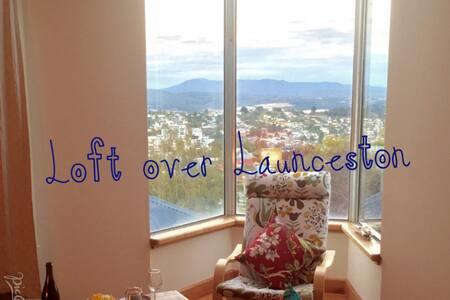 Loft over Launceston - West Launceston - Apartment