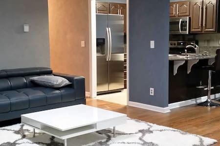 Modern Flat - Fayetteville - 公寓