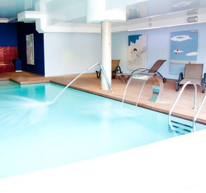Duplex céntrico en Noja con acceso a spa relax.