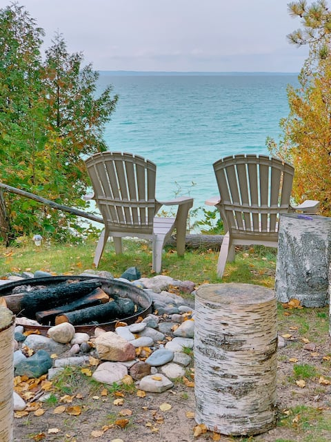 🍂New Off-Season Rates🍁Lakefront Escape/Fireplace🍂