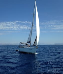 Complete and sporty sailing yacht. - Corfú