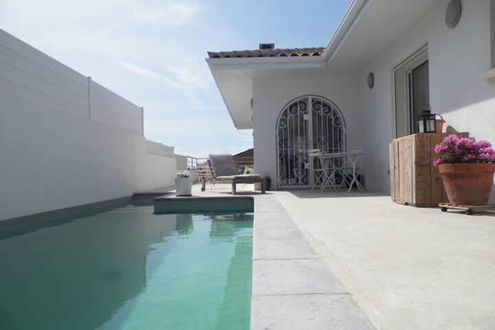 Villa de charme avec piscine privée - Vendres - Villa