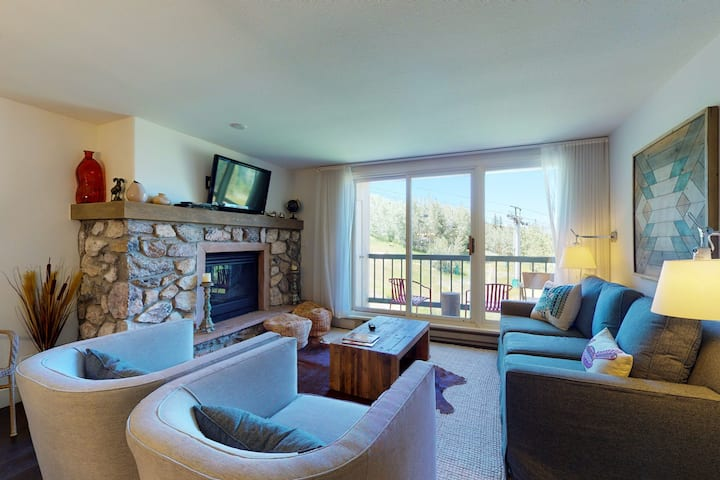 Luxe, ski-in/out condo w/ lift view, fireplace, WiFi, W/D & shared pool/hot tub!