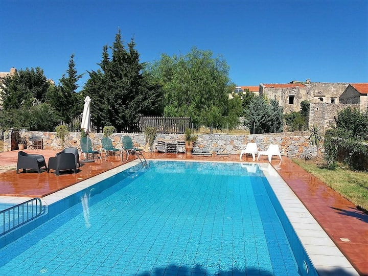 A pleasant and peaceful villa in Kefalas
