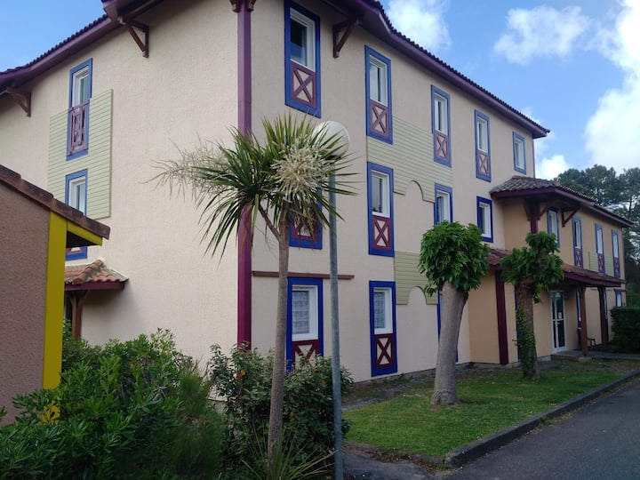 Sun Hols Villas du Lac 0.4 - Quality 1 Bed Apartment in Charming Environment South West France Coast
