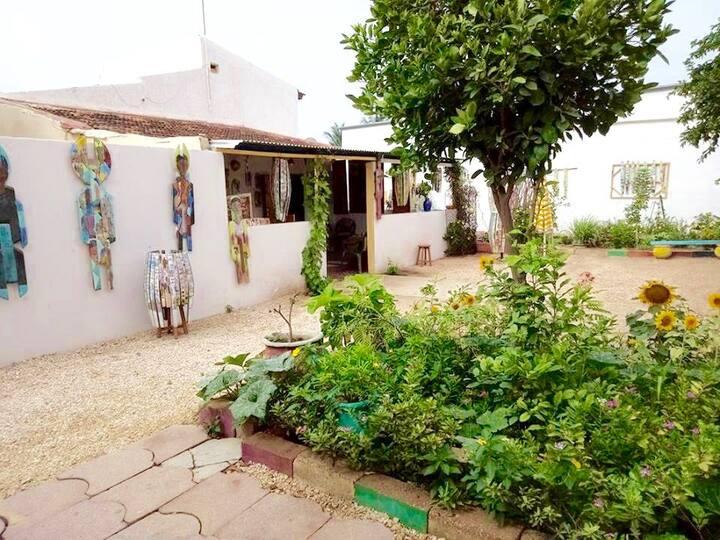 Maison des Arts / atelier d'un artiste Sénégalais