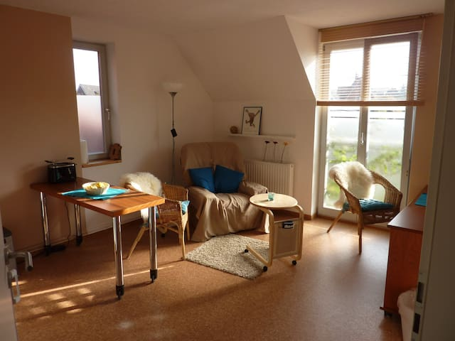 individuell, sonnig und ruhig - Lübeck - Apartment
