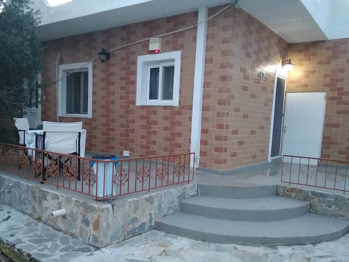 Vintage house-Luxury house 10 MINUTES FROM AIRPORT