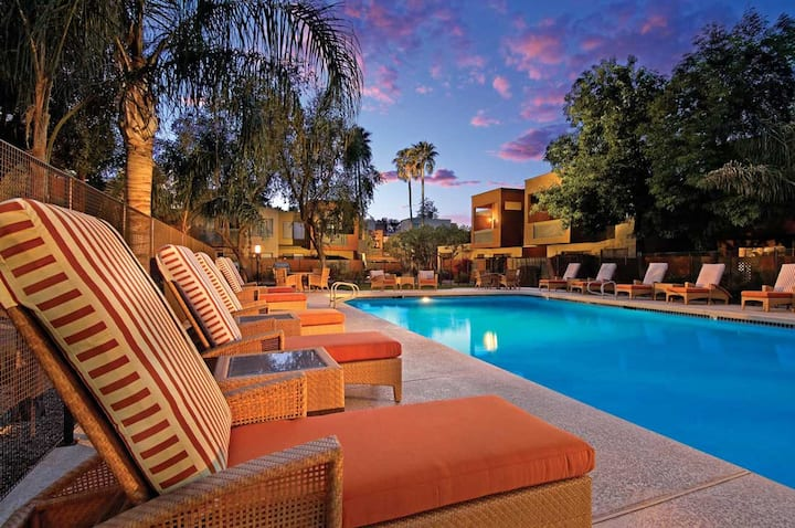 Updated 2 bed/2 bath condo in Old Town Scottsdale