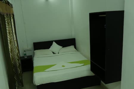 Deluxe room for Budget Stay