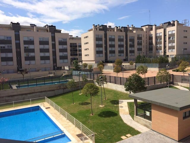 Cosy & large flat in Logroño. Parking & wifi. - Logroño - Appartement