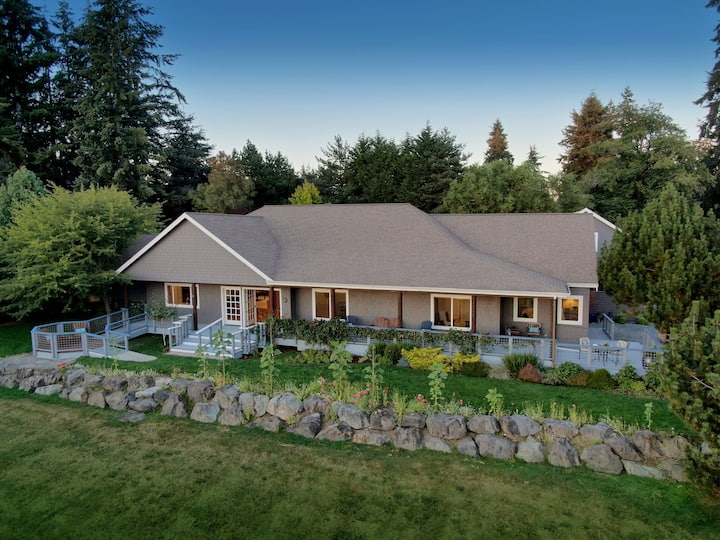Gorgeous Whidbey Island Home