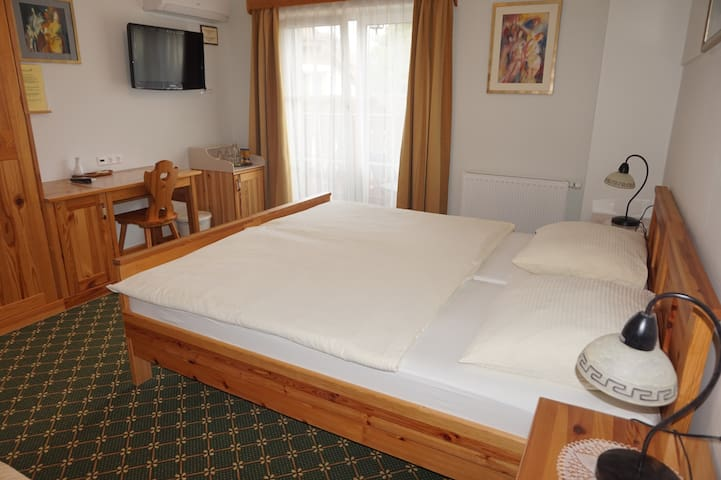 ☆Private double room in B&B Kaps☆ 150m to Lake