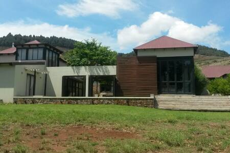 Walkersons Estate 109 - Upwood - Dullstroom - Haus