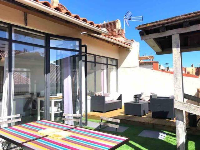 Magnifique Loft. Terrasse. Localisation Parfaite.