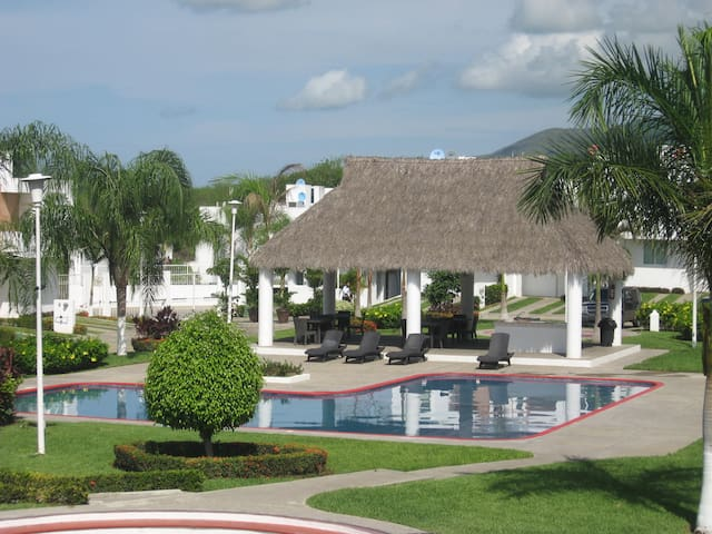 Casa en Costa con Piscina - Bucerías - Rumah