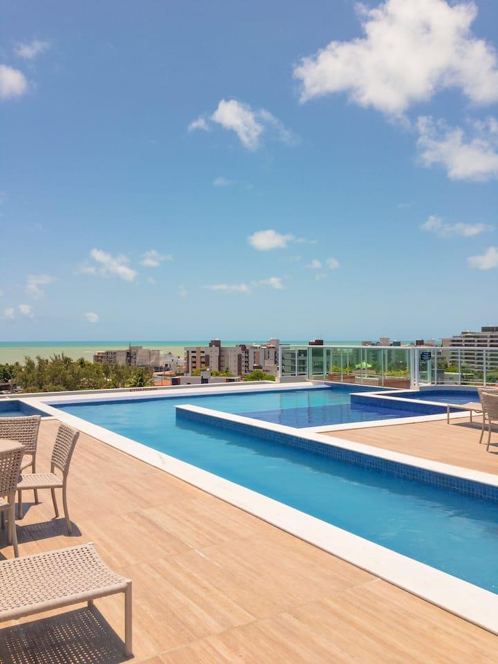 Flat à 200 mts da Praia do Bessa com Área Completa