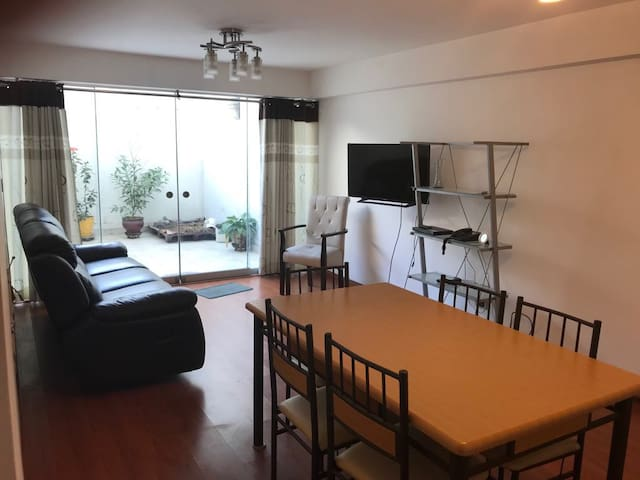 ★Beautiful,  Spacious & Homely Private Apartment ★